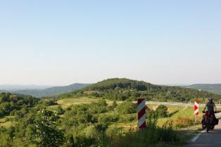 Und immer schön Bergauf !!! Auf dem Weg zur Türkischen Grenze