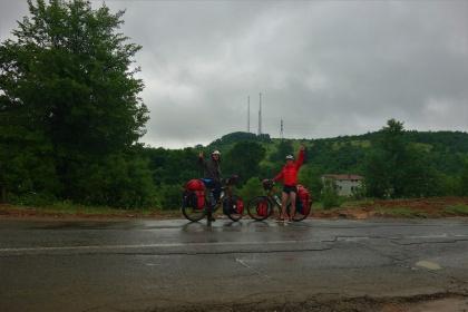 Freude über die 3000km auch wenn es regnet