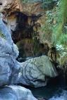 Die Höhle geht ca. 100m in den Fels hinein