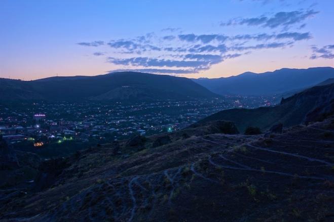Goris bei Nacht