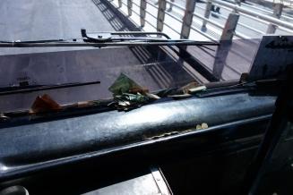 Ne Kasse gibts im Bus nicht aber dafür ein großes Amaturenbrett
