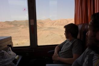 Bei der Kargen Landschaft waren wir froh im Bus zu sitzen