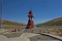 Die Kumpels von Dschingis Khan werden hier mit großen Denkmälern geehrt.