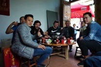 Mittagessen in geselliger Runde