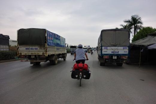 Auf der Autobahn ging es nach Hanoi