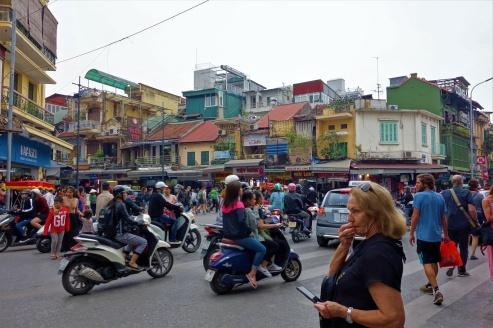 Mopeds und Roller sind einfach überall