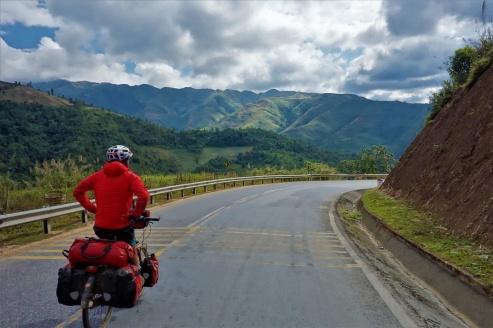 Steile Abfahrten mit tollen Aussicht sind Garantiert in Vietnam
