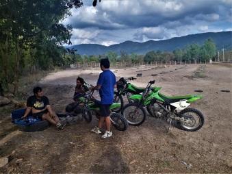 Auf der Motocrossstrecke
